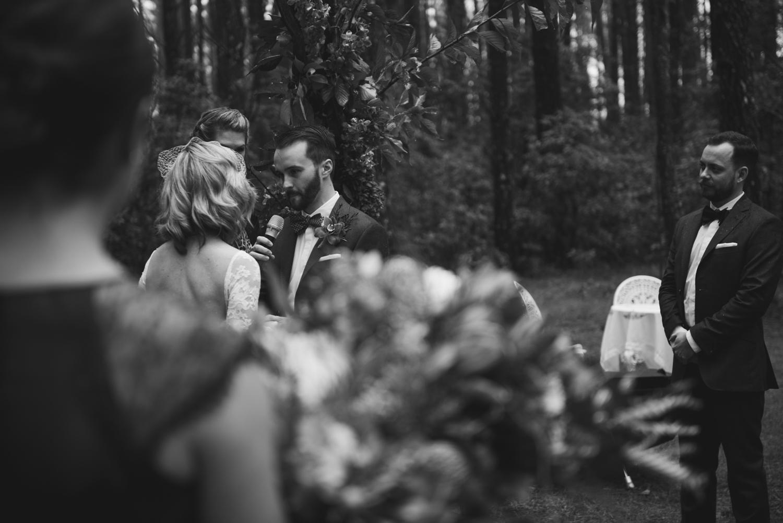 Lindsay-Nick-bilpin-pine-forrest-nsw-wedding-111