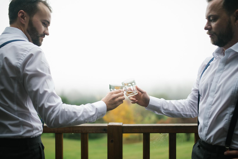 Lindsay-Nick-bilpin-pine-forrest-nsw-wedding-18