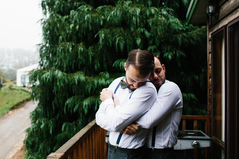 Lindsay-Nick-bilpin-pine-forrest-nsw-wedding-30