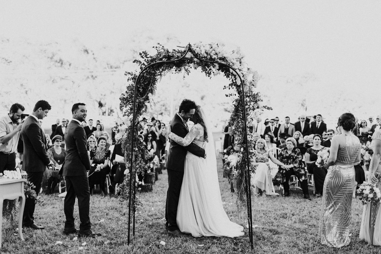Lyndal-luke-camden-farm-burnham-grove-wedding-111