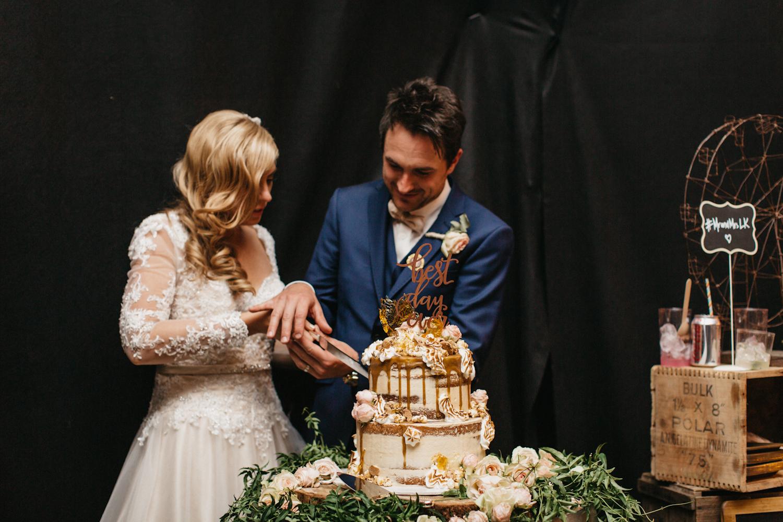 Lyndal-luke-camden-farm-burnham-grove-wedding-178