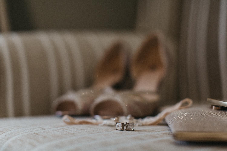 Lyndal-luke-camden-farm-burnham-grove-wedding-40