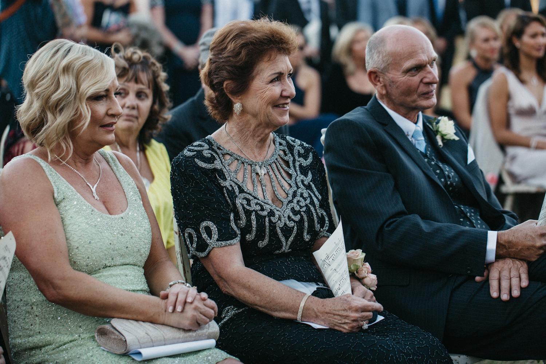 Lyndal-luke-camden-farm-burnham-grove-wedding-92