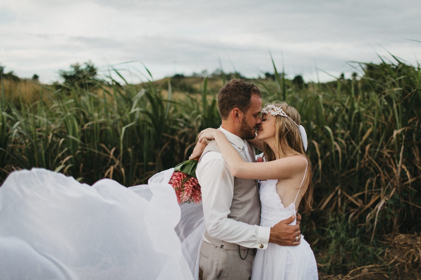 Sam+Bowen-destination-fiji-wedding-coral-coast-shangrila-135