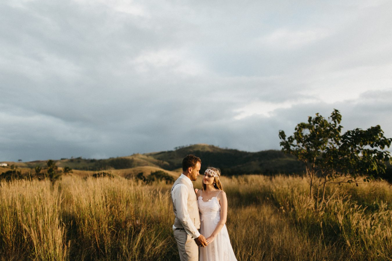 Sam+Bowen-destination-fiji-wedding-coral-coast-shangrila-146