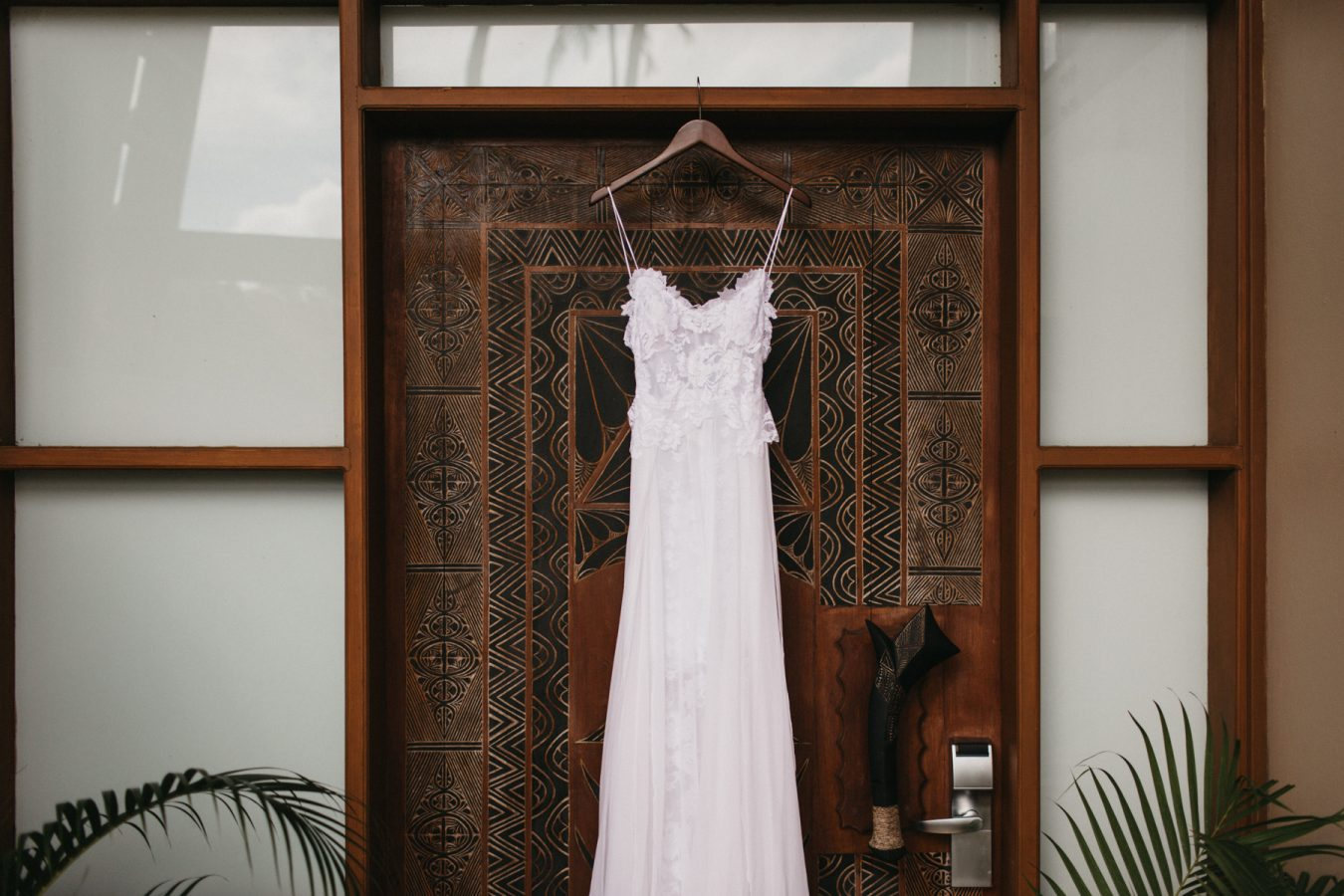 Sam+Bowen-destination-fiji-wedding-coral-coast-shangrila-38