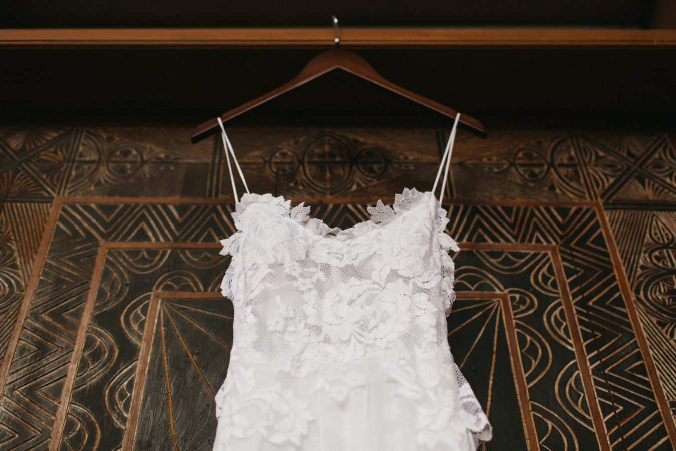 Sam+Bowen-destination-fiji-wedding-coral-coast-shangrila-39
