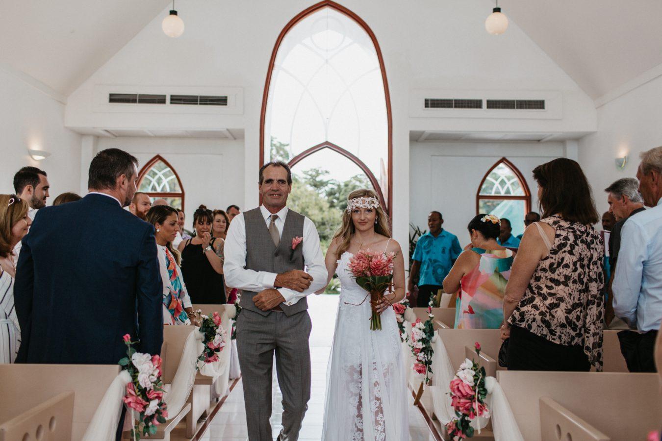 Sam+Bowen-destination-fiji-wedding-coral-coast-shangrila-95