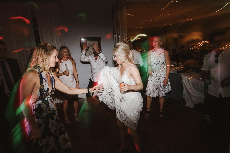 087-bells-at-killcare-wedding-central-coast-wedding-tiff-matty