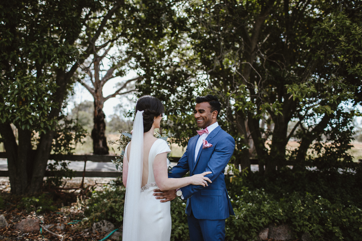 048-diy-australian-albury-farm-wedding-lisa-lasanka
