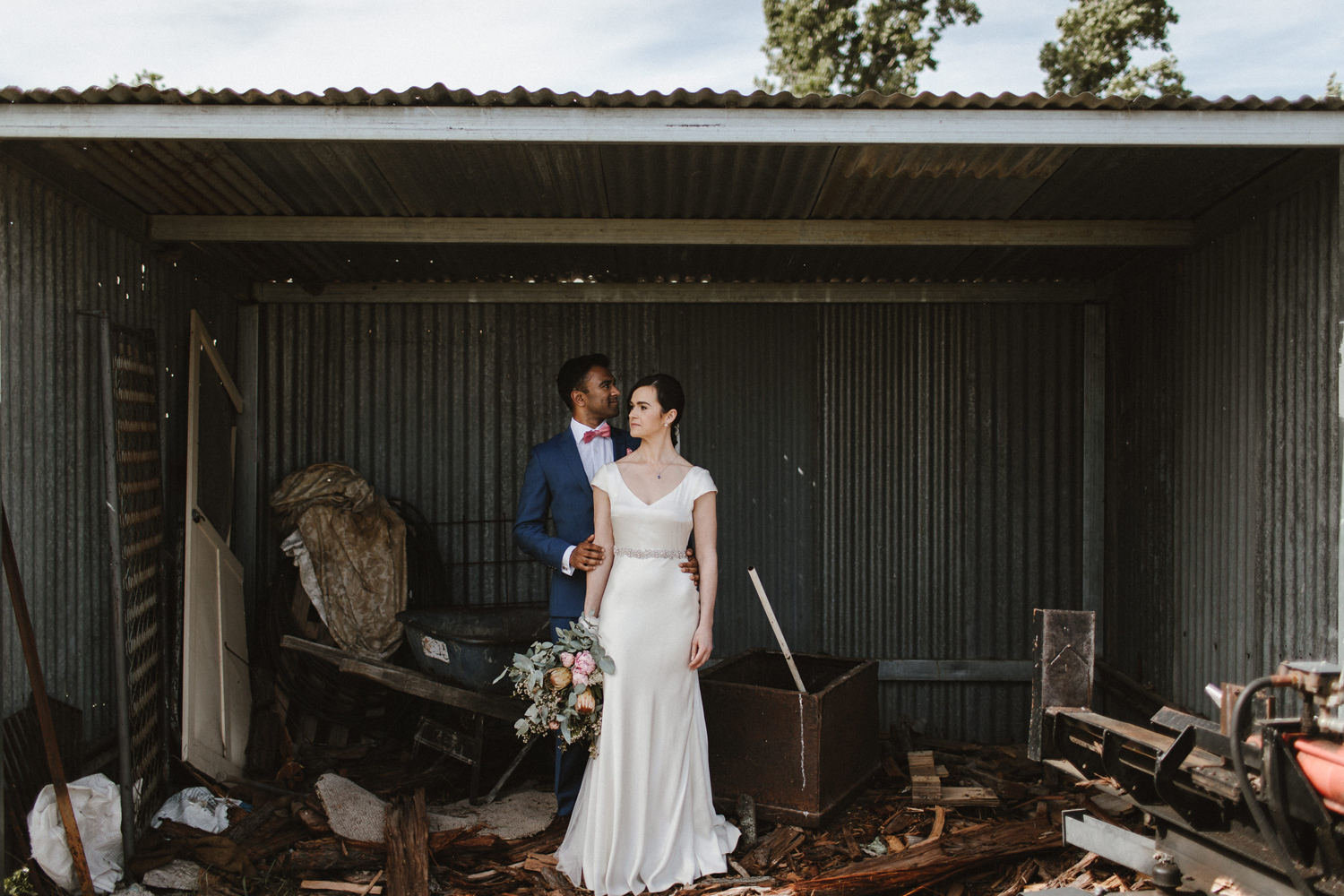 054-diy-australian-albury-farm-wedding-lisa-lasanka