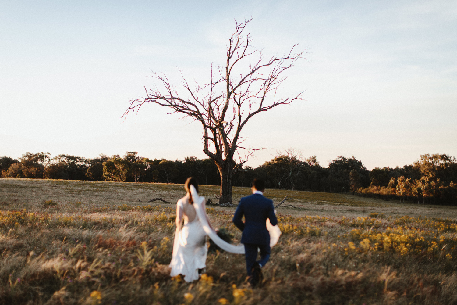 087-diy-australian-albury-farm-wedding-lisa-lasanka
