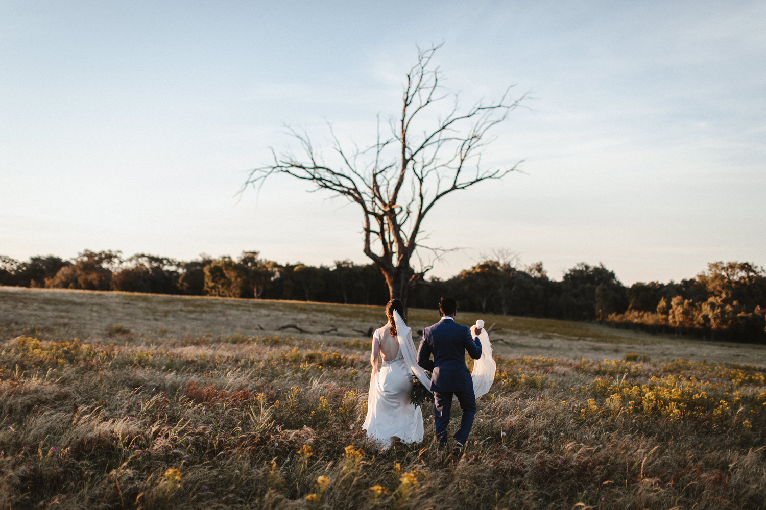 088-diy-australian-albury-farm-wedding-lisa-lasanka
