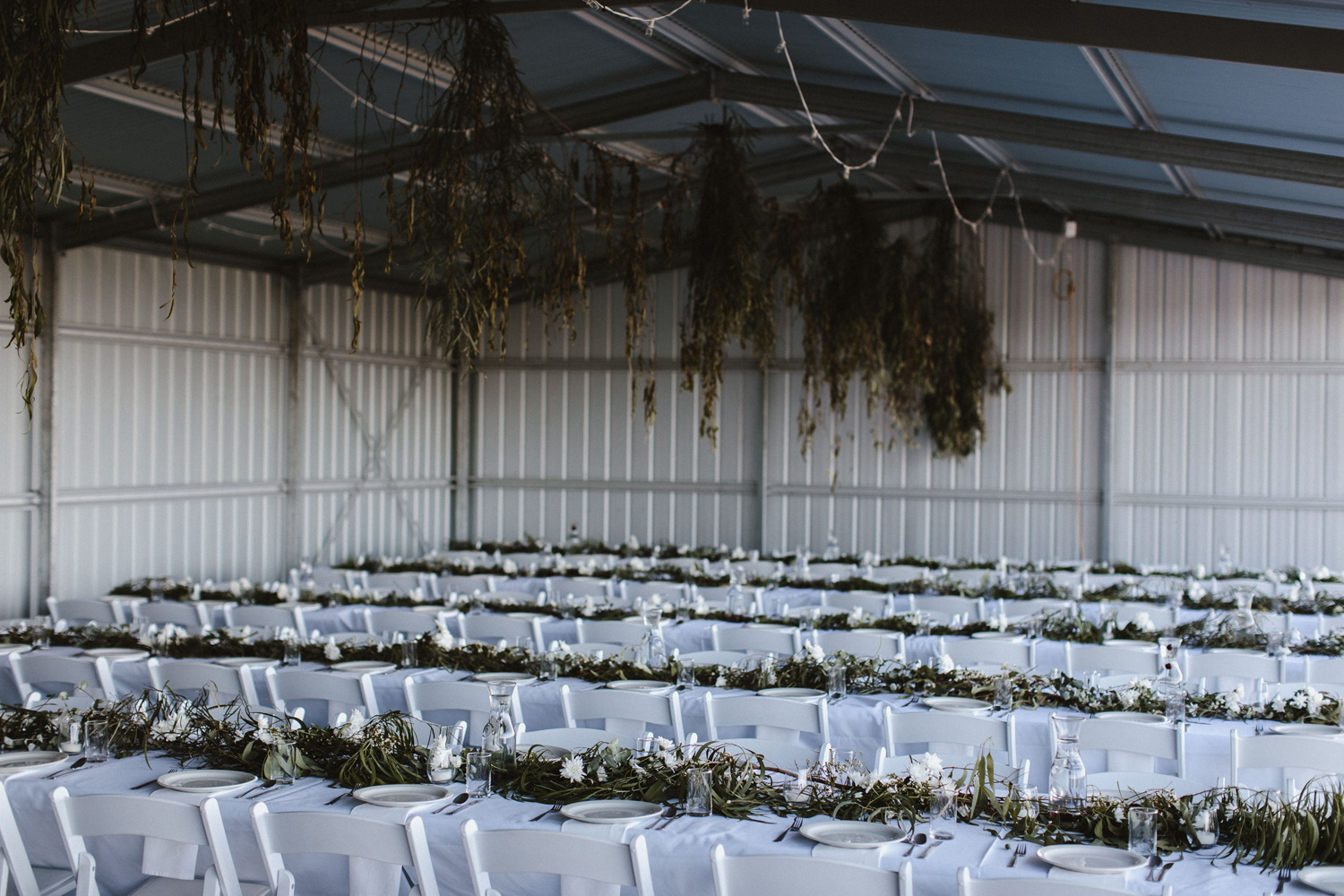 103-diy-australian-albury-farm-wedding-lisa-lasanka