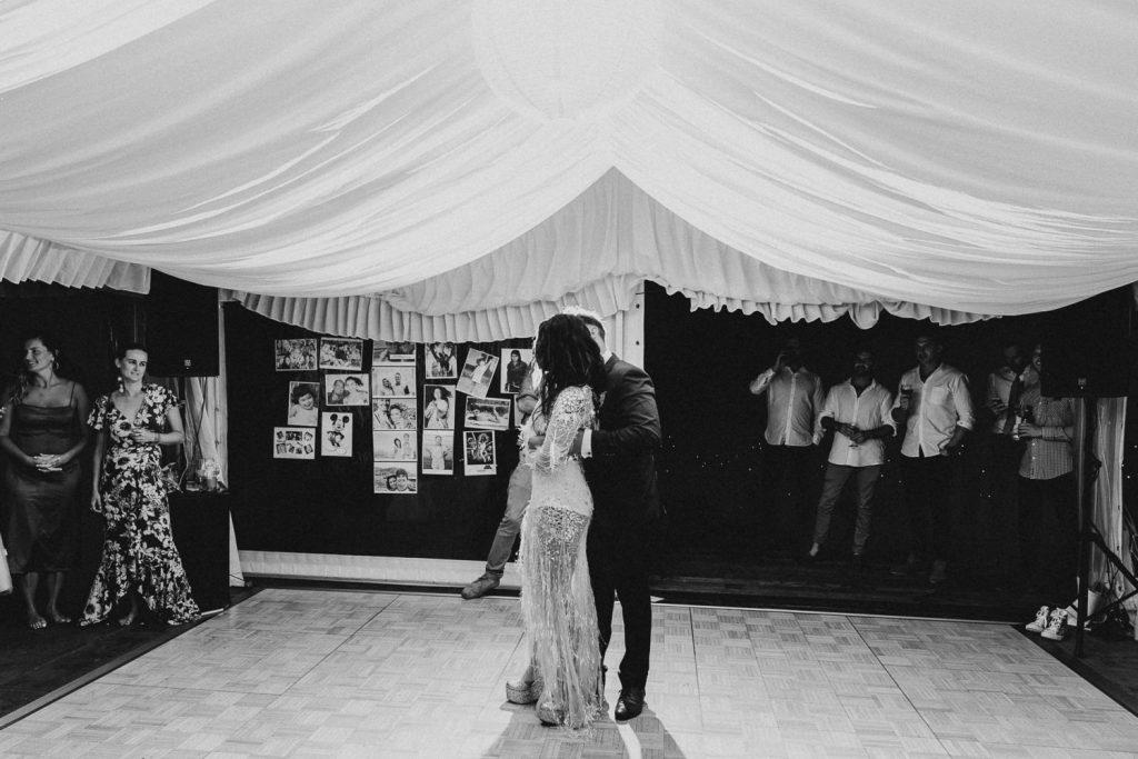 089-bushbank-wedding-kiama-dean-snushall-photography